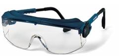 Очки «Астрофлекс» (9163265): открытые очки с мягким козырьком сверху для защиты от летящих частиц, имеют боковую защиту